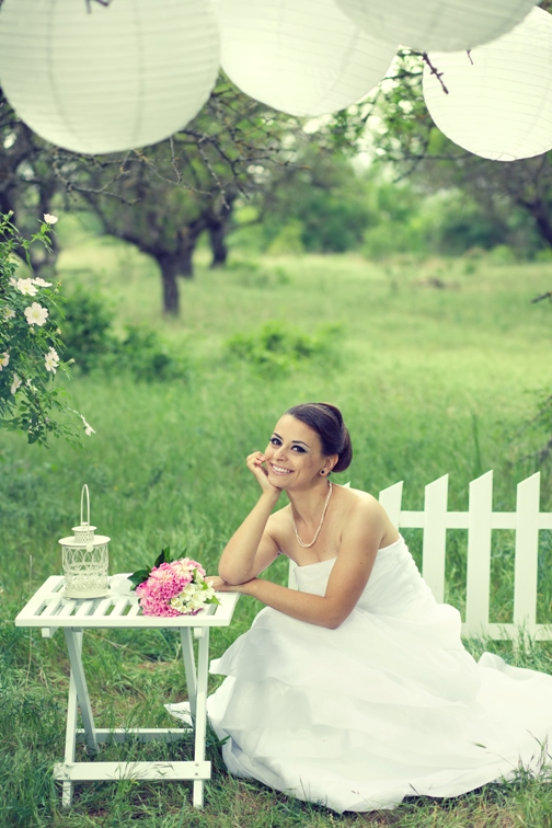 Enjoy-a-mosquito-free-outdoor-wedding-with-Skeeter-Patrol-1